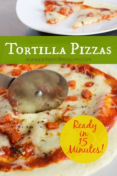 FUN pizza to make with the kiddos! 15 minutes and you can have a delicious, hot and piping pizza on your dinner table! Fun and versatile, this quick recipe is perfect for the busy mom! Use low carb tortillas. Low Calorie Recipes, Quick Recipes, Pizza Recipes, Quick Meals, New Recipes, Dinner Recipes, Cooking Recipes, Favorite Recipes, Family Recipes