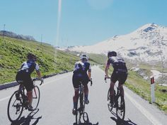 Let's go straight to the finish line!  #ridelikeagirl #yourepicchallenge #santinistelvio . #womenscycling #girlpower #strongher #ladiesfirst #smithwomen #igerscycling #cycling #cyclingshots #instadaily #me #beyondwalls #cyclinglife #takemoreadventures #lovecycling #outsideisfree #follow #ciclismo #girl #enjoyeverymile #cyclelikeagirl #picoftheday #sportblogger #prendilasgaia #EFDV