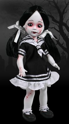 Maggot Adorable little Maggot was the runt of the litter. Eyes of empty black, a peculiar little critter. Gothic Dolls, Victorian Dolls, Halloween Doll, Scary Halloween, Halloween Stuff, Scary Dolls, Living Dead Dolls, Haunted Dolls, Scary Art