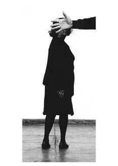 Helena Almeida - Travaux récents | Galerie Les Filles du Calvaire