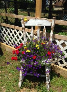 Linda McGuire& chippy white chair I really want to do .- Linda McGuire& chippy white chair I really want to do this Linda McGuire& chippy white chair I really want to do this - Flower Planters, Garden Planters, Flower Pots, Flowers Garden, Flower Ideas, Garden Yard Ideas, Garden Projects, Yard Art, Chair Planter