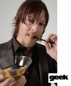 Video of Norman Reedus at his photoshoot for Geek Magazine - He is ADORABLE in this video!