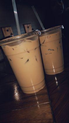 Plan Your Food Plan In Real 'Melonish' Style - My Website Bebidas Do Starbucks, Starbucks Drinks, Milk Shakes, Applis Photo, Food Photo, Iced Coffee, Coffee Drinks, Tumblr Food, Snap Food
