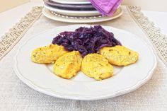 Cavolo cappuccio viola con quenelle di polenta, foto di Orata Spensierata