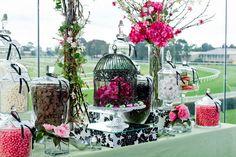 Magnifique bar à bonbons rose et noir, très élégant! | Amazing candy bar Pink & Black, realy elegent | Via Pop Up Candy Bar