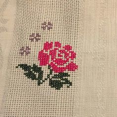 Leaf Tattoos, Embroidery Stitches, Projects To Try, Elsa, Flowers, Model, House, Stitch Patterns, Cross Stitch Patterns