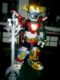 Defender of the Universe. Yup, that's a cosplay Voltron costume for a little girl. (via @shauninman)