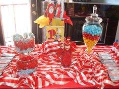The Cat in the Hat Birthday Party Ideas | Photo 1 of 41