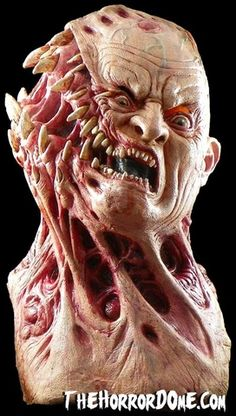 Shock visitors to your haunted house with the Parasite mask from The Horror Dome. Arte Horror, Horror Art, Horror Drawing, Organic Tattoo, Halloween Masks, Halloween Zombie, Halloween Makeup, Monster Makeup, Horror Masks