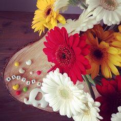 Aaa zoo lief! Omdat me mannetje @wesleygraper trots is dat ik @bijtjesnl ben begonnen❤️. #love #bijtjesnl #newbrand #flowers #siliconebeads #elephant