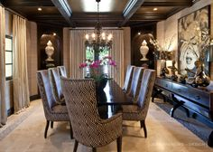 Khloe Kardashian home - Jeff Andrews Design Elegant Dining Room, Luxury Dining Room, Beautiful Dining Rooms, Dining Room Design, Room Interior Design, Interior Design Companies, Home Interior, Style At Home, Casa Kardashian