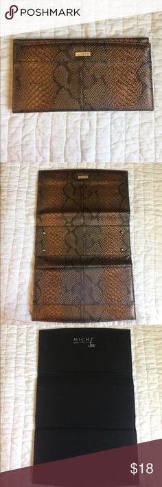 Snakeskin Miche Classic Cover Stunning shades of bronze make your purse edgy and elegant. Jen style. In excellent condition on the outside with no scratches. 🚫No Trades. Bundle with other Miche for discount. Miche Bags