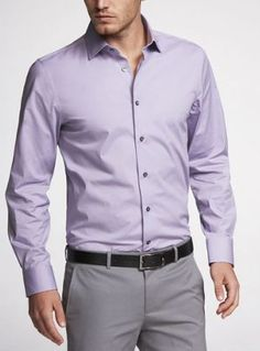 The lavender shirt is an unexpected staple. White and blue dress shirts are the basis of every man's. Purple Shirt Outfits, Lila Outfits, Purple Dress Shirt, Shirt Dress, Lila Shirts, Ropa Semi Formal, Light Purple Shirt, Lavender Shirt, Formal Men Outfit