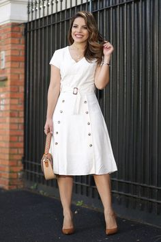 Pros of cotton dresses Casual Outfits For Teens, Stylish Work Outfits, Dresses For Teens, Modest Dresses, Simple Dresses, Casual Dresses For Women, Plus Size Dresses, Summer Dresses, Vestido Lady Like