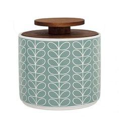 Denne keramiske oppbevaringskrukken med raised stem-mønster lyser opp ethvert kjøkken.Håndlaget keramikk produsert i Portugal. Tåler mikrob�
