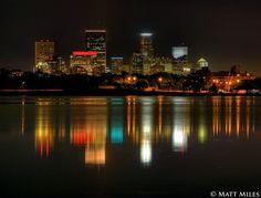 Lake Calhoun and Minneapolis skyline... I used to walk this lake and lake Harriet all the time!