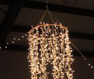 DIY Lighting Ideas - Hula Hoop DIY Chandelier - Fun DIY Lights like Lamps, Pendants, Chandeliers and Hanging Fixtures for the Bedroom plus cool ideas With String Lights. Perfect for Girls and Boys Rooms, Teenagers and Dorm Room Decor Diy Luminaire, Diy Lampe, Hula Hoop Chandelier, Chandelier Lighting, Bedroom Lighting, Outdoor Chandelier, Chandelier Ideas, Chandelier Wedding, Hula Hoop Light