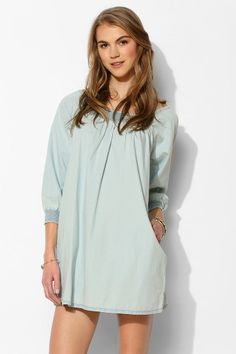 BDG 3/4-Sleeve Chambray Smock Dress