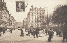 La rue du Temple et l'entrée du square du Temple, vers 1900.