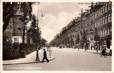 1940. A view of the Eerste Oosterparkstraat in Amsterdam-Oost. Photo Hans de Korte. #amsterdam #1940 #EersteOosterparkstraat