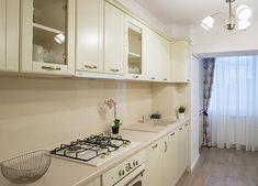 Mobila bucatarie champagne clasica Kitchen Cabinets, New Homes, Home Decor, Kitchen Maid Cabinets, New Home Essentials, Interior Design, Home Interiors, Decoration Home, Kitchen Cupboards