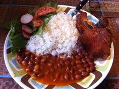 É comido comida echo en casa con mucho amor I have had a home cooked meal made with love