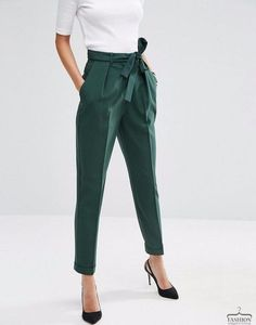 Woven Peg Pants with OBI Tie Forest green pegged trousers for women's business casual wear from ASOS! The post Woven Peg Pants with OBI Tie appeared first on Woman Casual - Woman Fashion Business Mode, Business Outfits, Business Attire, Business Formal, Business Fashion, Office Fashion, Work Fashion, Fashion Outfits, Womens Fashion