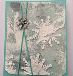 #card #Christmas #snowflake #art #JustChickenScratch @brotherscanncutusa @gelliarts @goldenpaints @alteredpages @art_anthology @leakyshedstudio @marthastewart #stickles