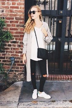 check out 451fd e13f2 Pinterest  kylizzlerussett☽ Stan Smith Green, Stan Smith Outfit, Casual  Ootd, Adidas
