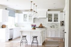 Transform a Tuscan Kitchen into a Bright White Kitchen. How to Transform a Tuscan Kitchen into a Bright White Kitchen Becki Owens Kitchen Paint, Kitchen Reno, New Kitchen, Kitchen Dining, Kitchen Island, Kitchen Stools, Kitchen Remodeling, Kitchen Runner, Kitchen Cabinets