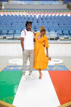 beyoncé and jay-z Beyonce Family, Beyonce Fans, Beyonce Style, Beyonce And Jay Z, Jayz Beyonce, Destiny's Child, Beyonce Knowles Carter, Mrs Carter, Blue Ivy