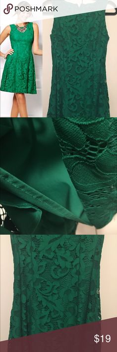 Gorgeous Green Lace Sheath Dress 4 work formal Great condition, size 4, fully lined, zip back.  More dresses in my listings New York & Company Dresses