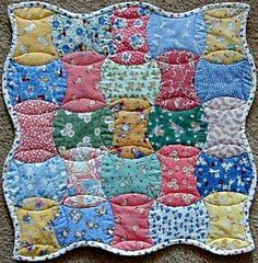 Apple Core Doll Quilt - 30's fabric