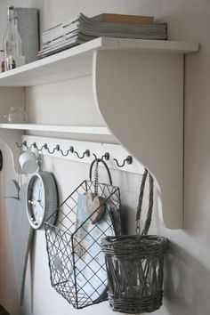 1000 images about woonkamer on pinterest plate racks met and om - Decoratie corridor ...