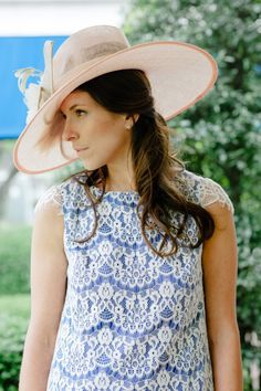 Our lace Dani dress is heading to the derby! Kentucky Derby Fascinator, Derby Hats, Her Style, Cool Style, British Hats, British Wedding, Derby Dress, Outfit Posts, Seersucker