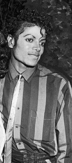 I wish I could take it all away, Mike. ❤Somewhere in an alternate universe you still sing, dance, create, and live.❤