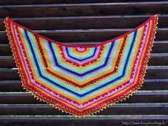 Virkattu hartiahuivi - Crochet Shawl