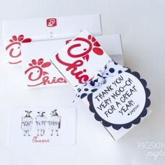 Chick-fil-a Gift Tags chickfila-gift Owl Teacher AppreciationTeacher Appreciation NailGift tags add a special t Volunteer Appreciation, Teacher Appreciation Week, Craft Gifts, Diy Gifts, Food Gifts, Teacher Treats, Preschool Teacher Gifts, Teacher Birthday Gifts, Candy Gifts