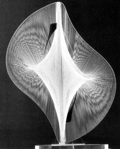 Naum Gabo Linear Construction in Space No.2 1959–60