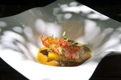 A receita da moqueca de lagostim com terrine de mandioquinha do chef do Maní