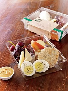 Vegetarians, get excited: 28 healthy, meat-free fast food items to order on the go http://www.popsugar.com/fitness/Healthy-Vegetarian-Fast-Food-Options-40888953?utm_campaign=share&utm_medium=d&utm_source=fitsugar via @POPSUGARFitness