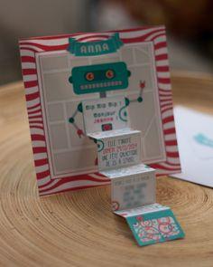 Carte d'invitation pour anniversaire d'enfant sur le thème des robots.
