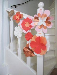 Paper flowers by Studio Sjoesjoe