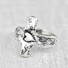 Handmade cross ring  #ring #jewelry #cowgirljewelry #bohojewelry #bohemianjewelry #gypsyjewelry #bohostyle #cowgirlstyle #westernstyle #gypsystyle #bohochic  http://www.islandcowgirl.com/
