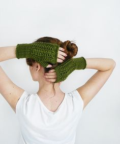 Knitted Fingerless Wool Mittens For Women In  Green, Fall and Winter Accessories, Arm And Wrist Warmers