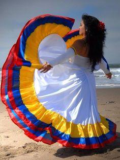 HERMOSA #COLOMBIA http://VacacionesReales.com. Mucho más sobre nuestra hermosa Colombia en www.solerplanet.com