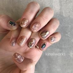 いいね!488件、コメント1件 ― Kinaliworksさん(@kinaliworks)のInstagramアカウント: 「🥥🍪🛍👓 冬すぎずに春すぎないやつ。 ゆいさんありがとうございます👱🏻♀️ . 💅1月のご予約に空きがでました。 お問合せお待ちしています🤖 既にご予約いただいているお客様の…」 Fabulous Nails, Gorgeous Nails, Pretty Nails, Garra, Natural Nail Art, Nail Pictures, Nail Polish Art, Minimalist Nails, Creative Nails
