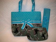 PERSONALIZED 3 Piece Camo Diaper Bag Set with by grinsandgigglesbaby1, $34.99 Baby Boy Camo, New Baby Boys, Baby Baby, Rustic Baby, Rustic Room, Camo Diaper Bags, Baby Shoe Storage, Baby Shower Gifts, Baby Gifts