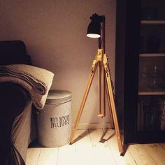Ikea lampe og staffeli - eget design