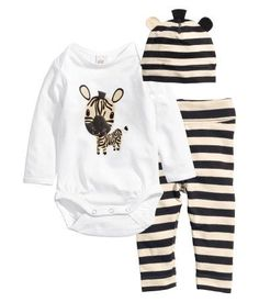 Set Bodysuit+Leggings+Hat $12.95 DESCRIPTION CONSCIOUS. Set with long-sleeved bodysuit, leggings, and hat in organic cotton jersey. Hat with...